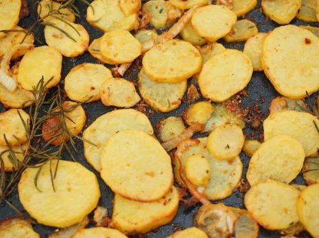 potatoes-609662_1920