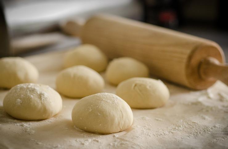 dough-943245_1920 (1)